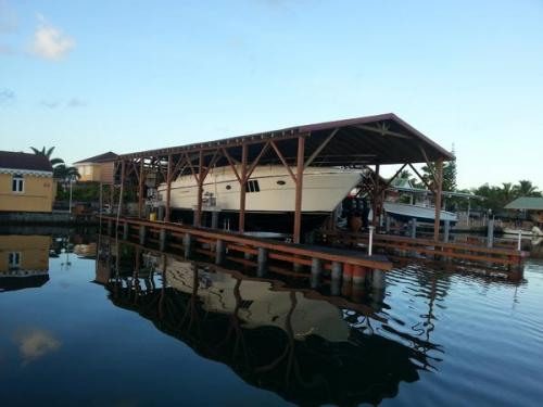 80k-boat-lift-in-Guadalupe-2